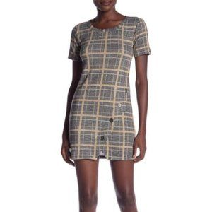 Hiatus plaid button hem dress medium short sleeves